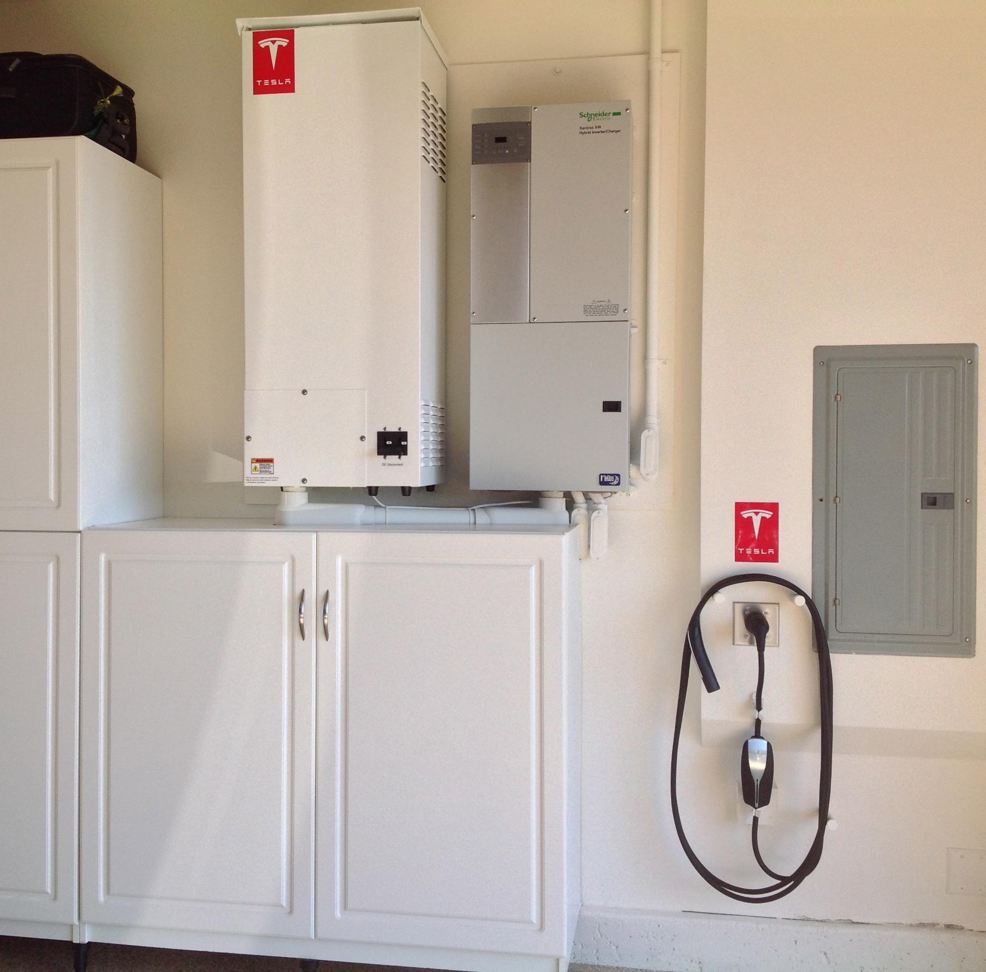 Tesla une batterie pour votre maison d cisions durables for Concevez et construisez votre propre maison en ligne