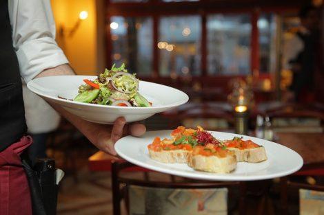restaurant-939434_640