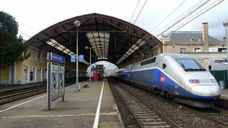 Gares SNCF : futurs hubs de services et d'innovations
