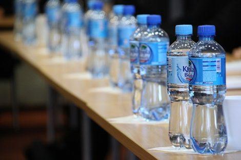 Danone et Nestlé bouteille plastique bio sourcé