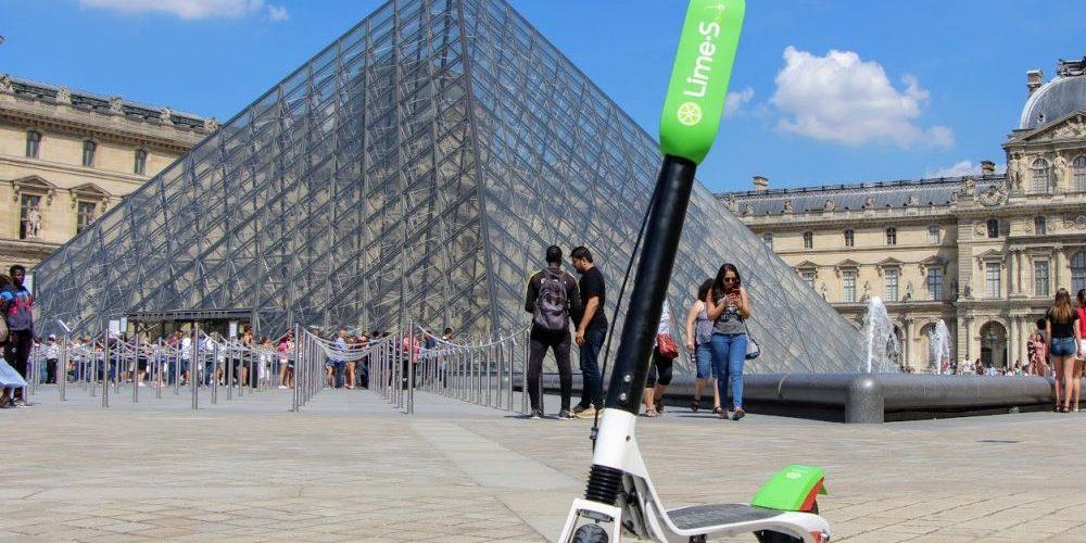 Paris : des trottinettes électriques en libre-service