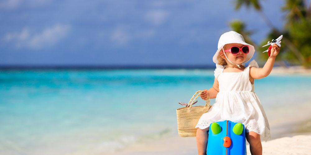 Partir en vacances avec bébé, mais sans ses affaires