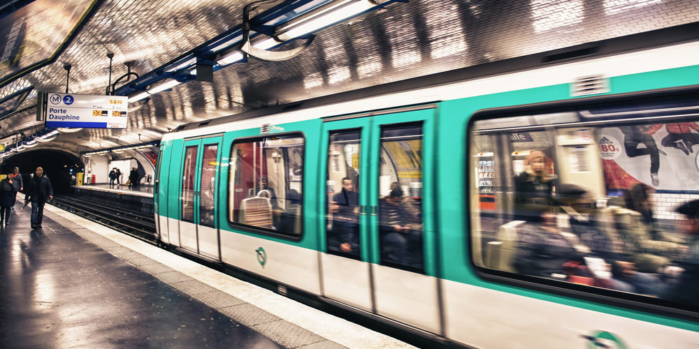 Paris : des purificateurs d'air dans le métro