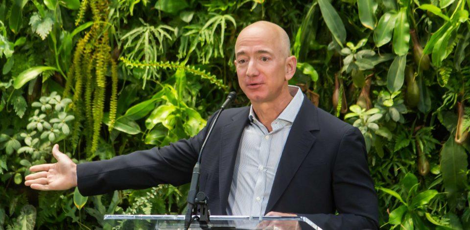 Réchauffement climatique : Jeff Bezos lance un fonds pour la planète de 10 milliards d'euros