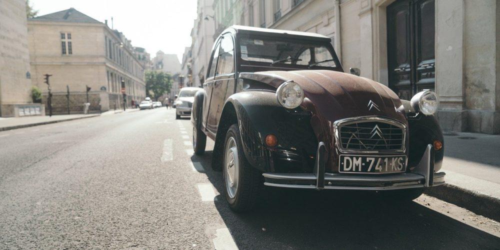 Paris : et si on supprimait les places de parking ?