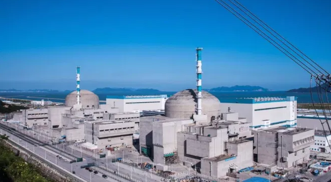 Le nucléaire : 3 à 4 fois plus cher que les renouvelables